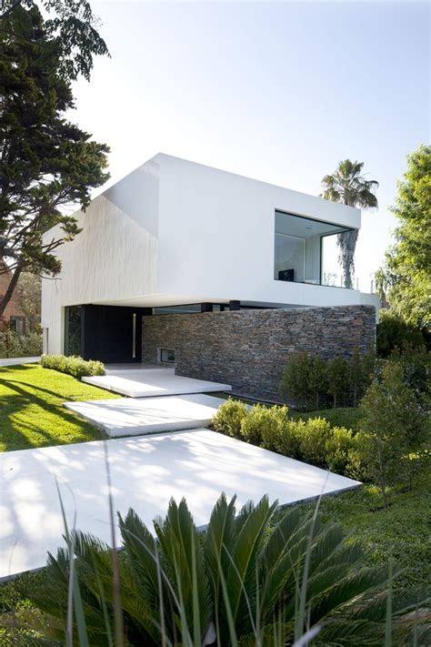 40 Modern Entrances Designed To Impress!  Architecture Beast