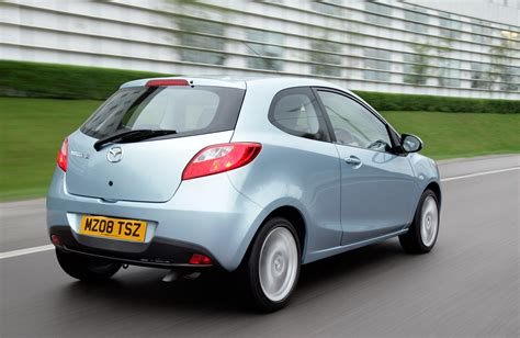 small mazda mazda 2 hatchback review 2007 2015 parkers