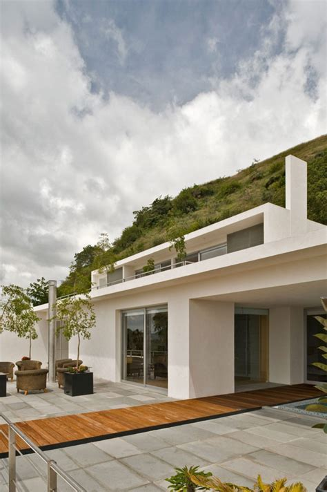 stunning mountain homes floor plans photos striking four level modern mountain home in jalisco