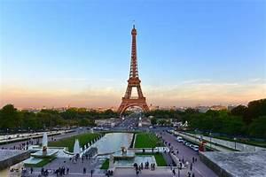 Application Parking Paris : view of the eiffel tower from jardins du trocadero park in paris editorial stock photo image ~ Medecine-chirurgie-esthetiques.com Avis de Voitures