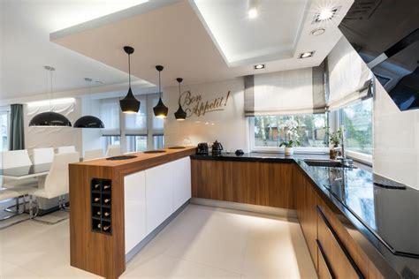 jak oświetlić kuchnię oświetlenie w kuchni kuchenny com pl