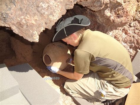 agents discover archaeological artifacts west  tucson