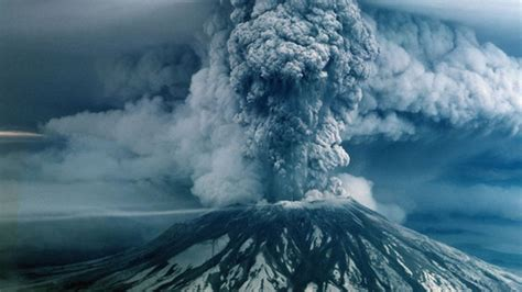 reflections on mount st helens eruption 34 years after blast
