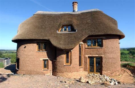 cobb house cob houses a green alternative to traditional housing
