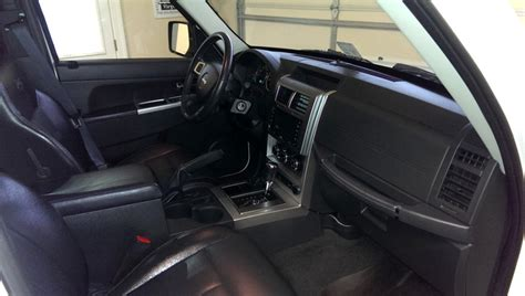 jeep liberty 2010 interior 2010 jeep liberty pictures cargurus