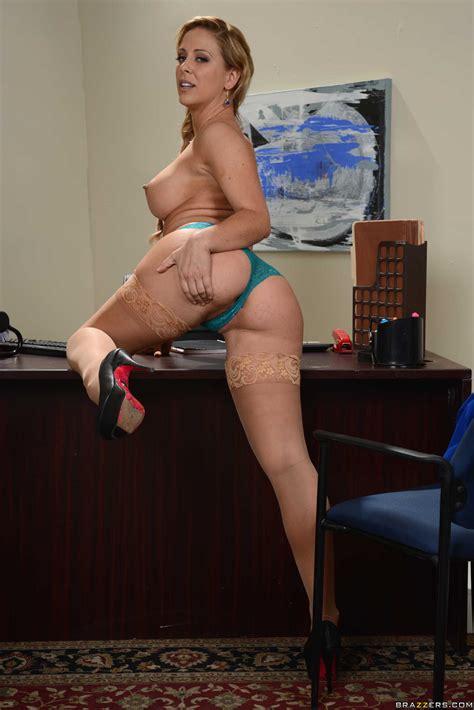 hot secretary wants to seduce her boss photos cherie