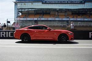 Circuit 24 Auto : essai vid o ford mustang gt sur le circuit des 24 heures du mans l 39 argus ~ Maxctalentgroup.com Avis de Voitures