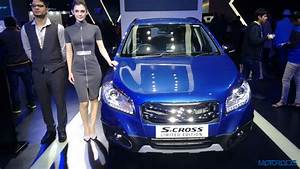 Auto Expo : auto expo 2016 maruti suzuki s cross limited edition tries its best to look good motoroids ~ Gottalentnigeria.com Avis de Voitures