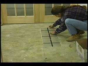 plancher tuiles youtube With plancher de vinyle de cuisine
