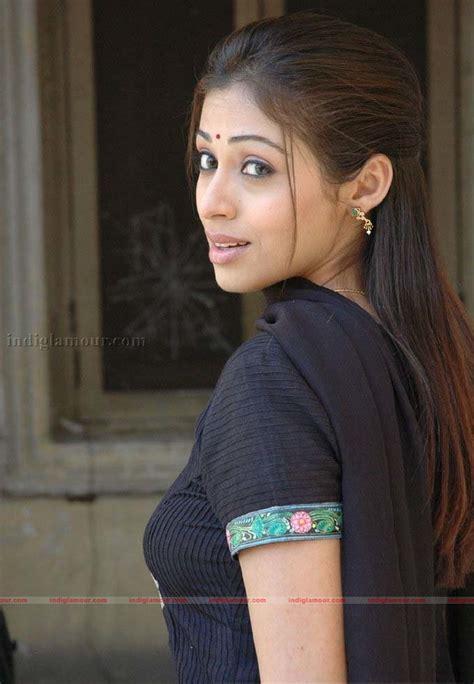 sada actress  stills images pictures  hot pics
