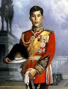 "Long Live ""His Majesty King Maha Vajiralongkorn ..."