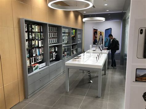 erajaya group  launching apple authorized service