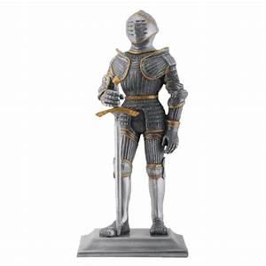 Gothic Knight Statue SC8241 From Dark Knight Armoury