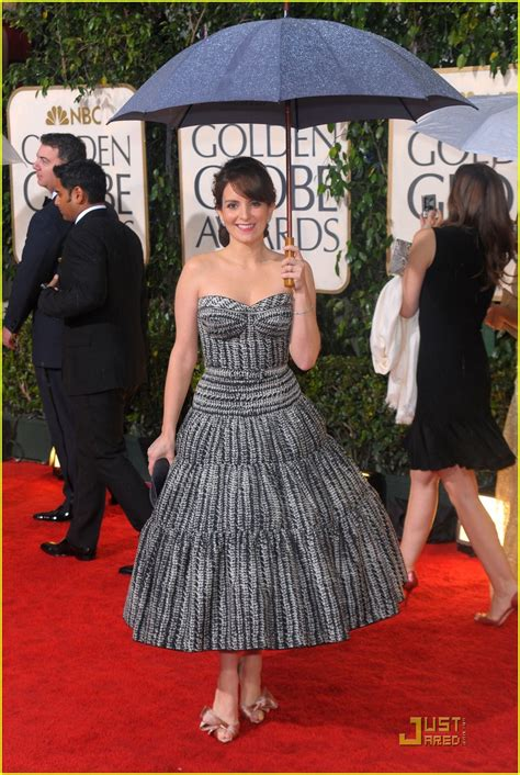 tina fey golden globes 2019 tina fey golden globes 2010 red carpet photo 2409336