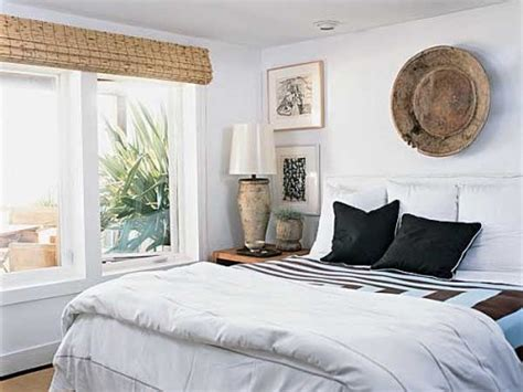 How To Arrange A Small Bedroom With Big Furniture 5 Tips