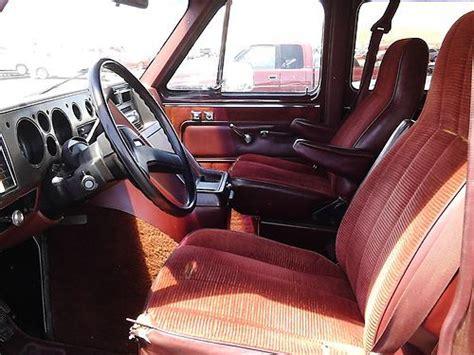 find     passenger sports van