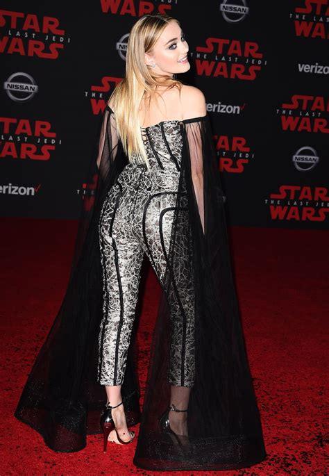 meg donnelly  star wars   jedi premiere  los