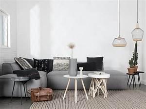 une piece a vivre decoree en beige et gris joli place With tapis de course pas cher avec canapé d angle 140 cm