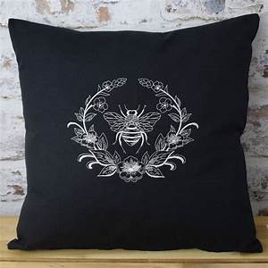 Embroidered, Bee, Wreath, Designer, Cushion, By, Iredale, Towers, Designs