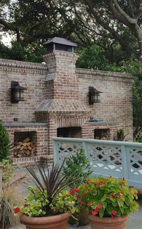 25+ Best Ideas About Outdoor Fireplace Brick On Pinterest