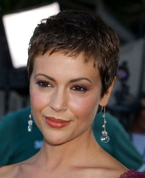 alyssa milano  creates  chic charmed pixie cut