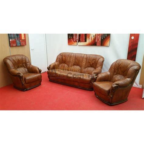 canape cuir et bois ensemble salon cuvette stylisé canapé 3 places et 2
