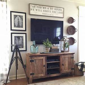 Fernseher Zum Aufhängen : die besten 25 dekoration rund um den fernseher ideen auf pinterest tv wanddekor tv dekor und ~ Sanjose-hotels-ca.com Haus und Dekorationen