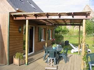 Construire Pergola Bois : pergola bois terrasse ~ Preciouscoupons.com Idées de Décoration