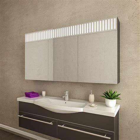 Spiegel Badezimmer Mit Beleuchtung by Spiegelschrank Badezimmer Mit Led Beleuchtung