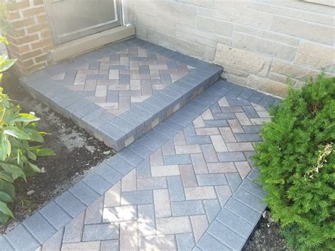 Unilock Pavers Reviews by Unilock Hollandstone Color Charcoal Boarder With 45
