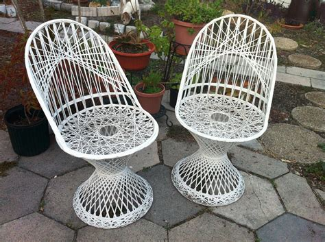 vintage woodard spun fiberglass patio chairs