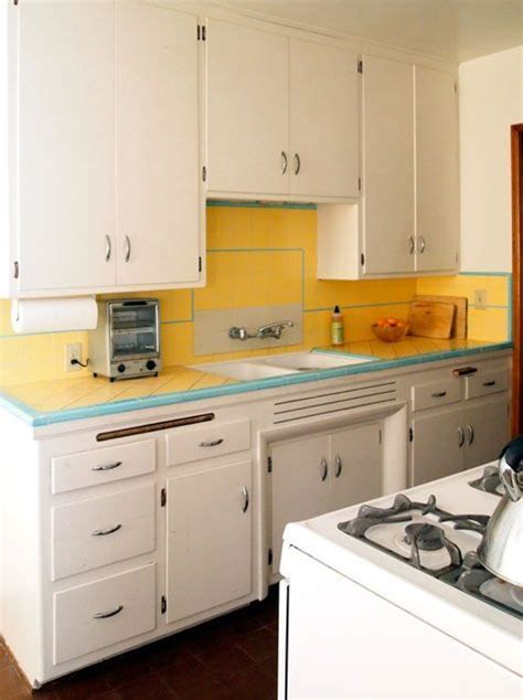 yellow kitchen tiles 251 best kitchens 1900 1950 images on 1222