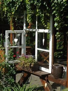 Gartenkuchenfenster alte turen und fenster pinterest for Französischer balkon mit alte fensterläden im garten