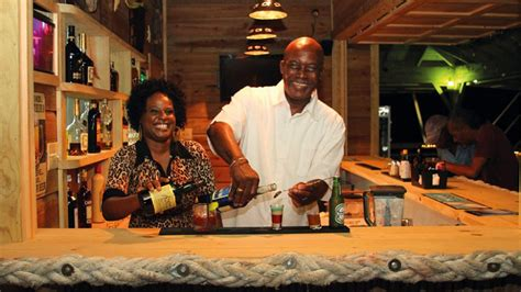 beachlimerz beach bar restaurant food  drink guide