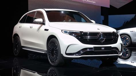 Mercedes BenzCar : Mercedes-benz Eqc Preview