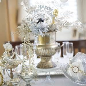 31 table centerpieces ideas for new year 39 s