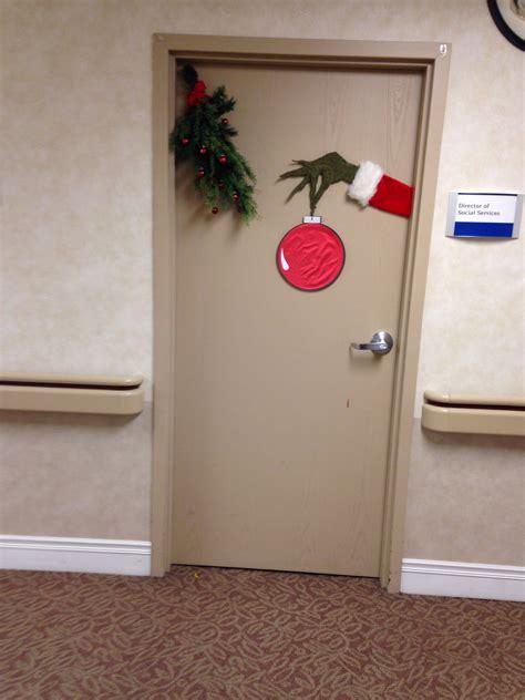 grinch door decorating crafts pinterest door