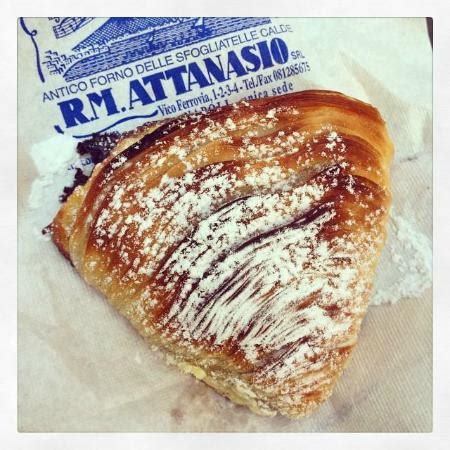 For my turn as hostess extraordinaire, i have chosen the gorgeous neapolitan pastry, sfogliatelle. colazione buonissima! - Picture of Antico Forno delle ...