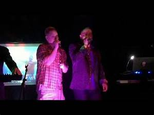 Andy Bells sings impromptu performance of 'A Little ...