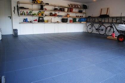 pvc fliesen garage garagenboden pvc fliesen als alternative zur bodenbeschichtung