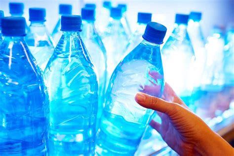 Acqua In Bottiglia O Rubinetto Acqua Rubinetto O Acqua In Bottiglia Ecco Quale Bere