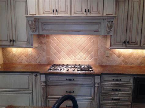 travertine kitchen backsplash travertine subway tile kitchen backsplash home design