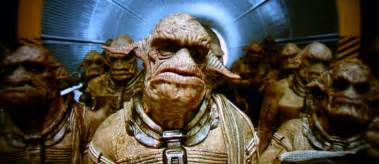 Earl s Movie Picks  The Fifth Element  1997   The Fifth Element Aliens