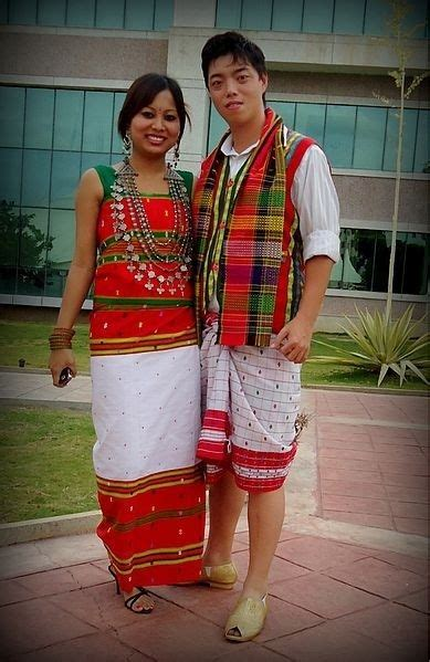 unique indian wedding outfits  didnt