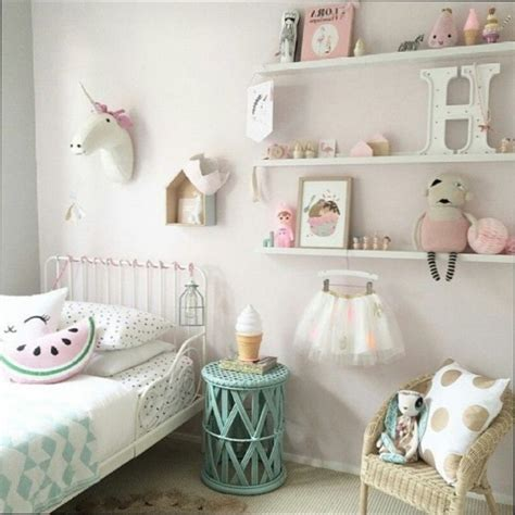 chambre petit fille beautiful idee chambre fille images seiunkel us seiunkel us