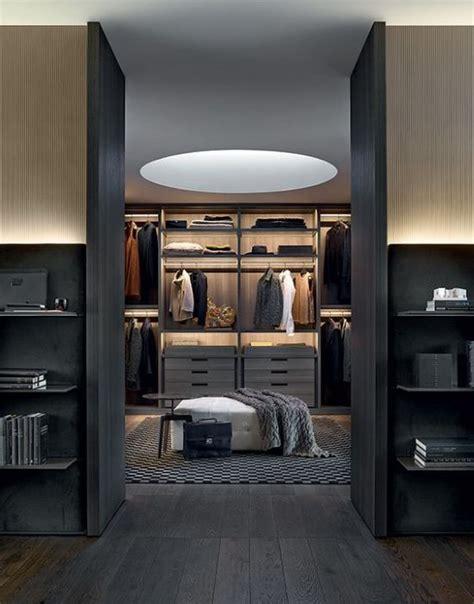Kleiderschrank Für Wohnzimmer by Begehbare Kleiderschr 228 Nke F 252 R M 228 Nner M 228 Nner Schrank