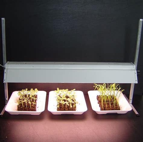 seed starter grow lights table top grow light seed starting the gardener 39 s workshop