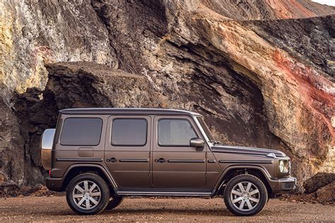 Mercedes Debuts New Off-roading G