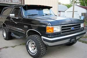 1987 FORD BRONCO - Greater Dakota Classics