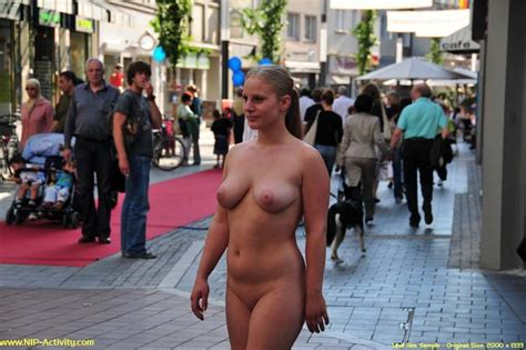 Public Nude Busty Naked Germany Girl Walking At Public Place